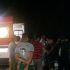 Com o forte impacto, vítima ficou sobre o carro até receber os primeiros socorros.
