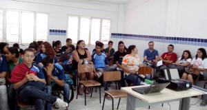 envolvimento dos estudantes em processos educativos na nova política de resíduos vai além da capacitação técnica.
