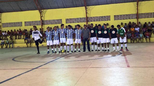 495429ab7e Secretaria de Esportes realiza final do 3º Campeonato de Futsal de ...